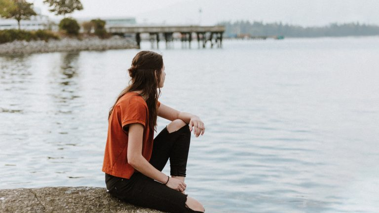 5 Daily Habits That Make It Easier To Experience God's Presence